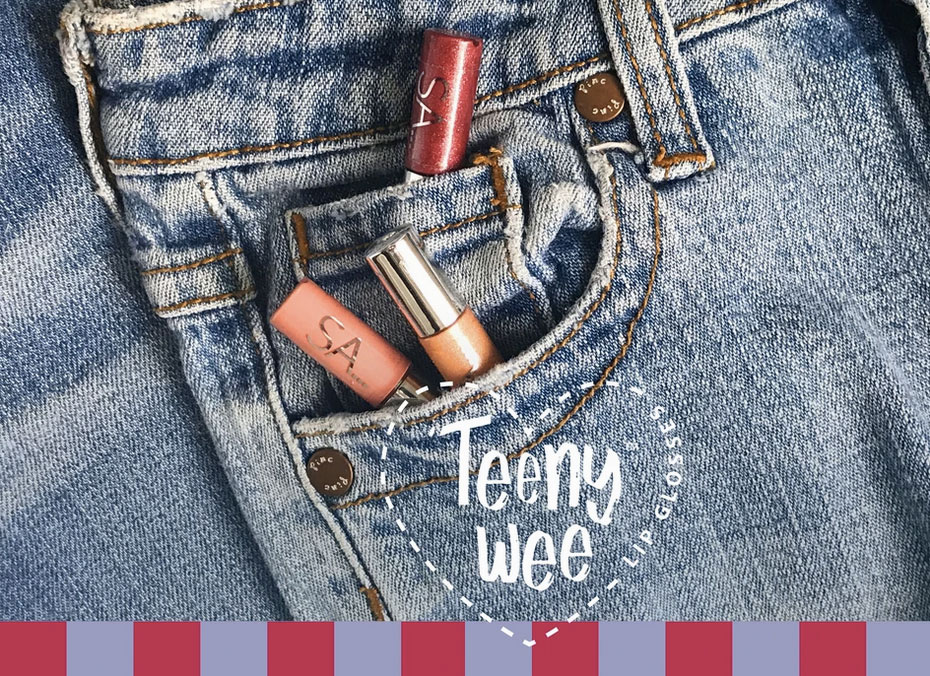 Mini-glosses-in-pocket
